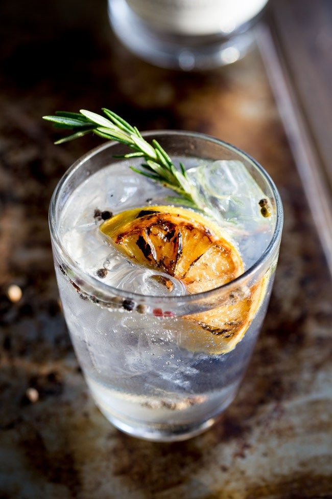This Charred Lemon, Rosemary and Coriander Gin & Tonic: the flavours are so perfectly balanced and it makes a very beautiful start to the evening/afternoon.