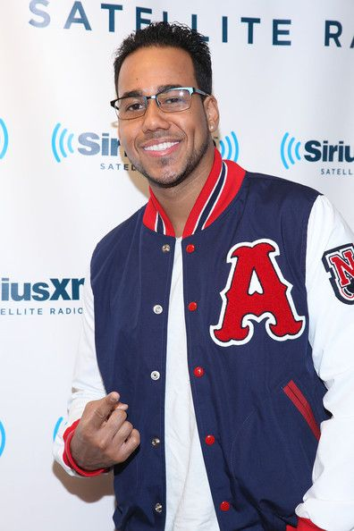Romeo Santos Photo - Romeo Santos And Chris Hardwick Visit SiriusXM
