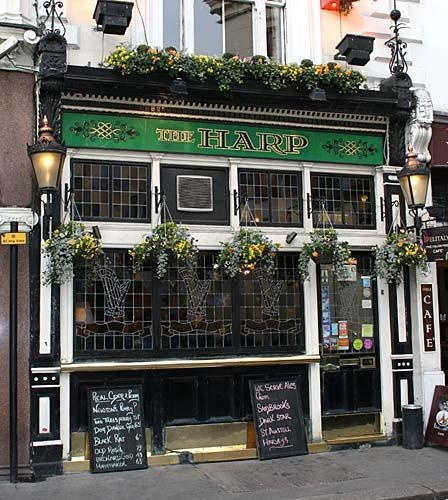 The Harp between Charing Cross and Covent Garden a