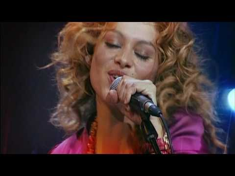 Music video by Coti performing Nada Fue Un Error. (C) 2005 Universal Music Spain, S.L.