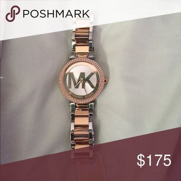 Rose gold NEW Michael kors watch Rose gold michael kors watch brand new with tag Michael Kors Accessories Watches
