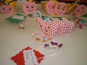 Η Σχολική μας χρονιά ξεκινά και για να είναι δημιουργική και γλυκιά ,ετοιμάσαμε και τα δωράκια μας για τους μικρούς μας μαθητές!!      ...