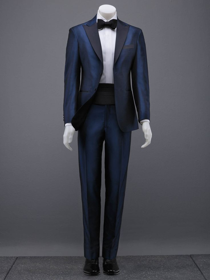 #Wade #Anding #Milwaukee #Clothier #Custom #Tailored #Suits #Bespoke #Suits #Custom #Tailored #Shirts #Ties #Allen #Edmonds #Jeans #Topcoats #Custom #Tuxedos #Dinner #Jackets #Jeans 262-770-5127