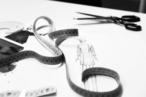From idea to bozzetto. From drawings to clothes. Marta Cucciniello during the creative process.
