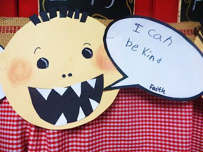 """Beginning of year craftivity to do after reading """"David Goes to School"""" ~ First Grade Wow: reader's response"""