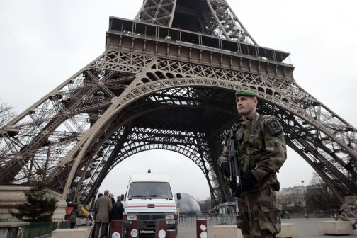 Paris Had Ample Warning of an Attack - Did They Want to Be Hit? Conveniently, the Paris terror attack gave NATO the casus belli it needs to go all out in Syria Michael Lehner Subscribe to Mi... http://winstonclose.me/2015/11/23/paris-had-ample-warning-of-an-attack-did-they-want-to-be-hit-written-by-michael-lehner/
