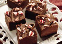 Un autre dessert avec des cannes de Noël