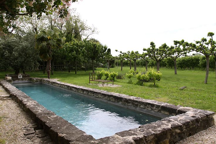 342 best images about backyards 1 on pinterest for Piscine design pierre