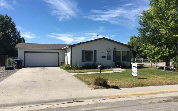 Located near parks and schools, this home at 1029 W Monroe has central air, new paint, an updated kitchen, and mountain views! Call Wind River Realty at 307-856-3999 for more information!