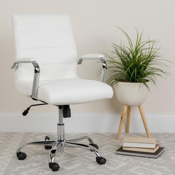White Deskchair For Office In 2020 Contemporary Office Chairs White Desk Office Swivel Office Chair