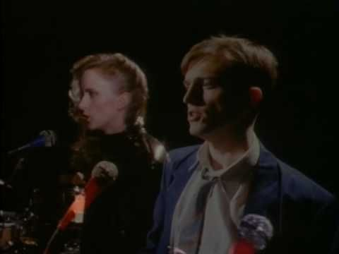 ▶ Prefab Sprout - Johnny Johnny - YouTube