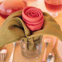 pliage serviette bouton de rose
