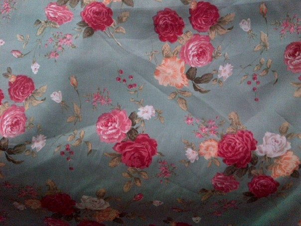 blue grey big roses
