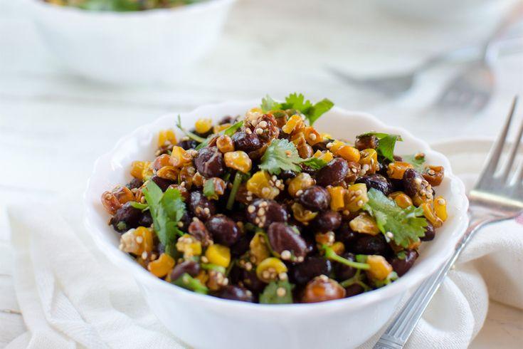 Salade d'haricots noirs aux Maïs rôti et quinoa grillé