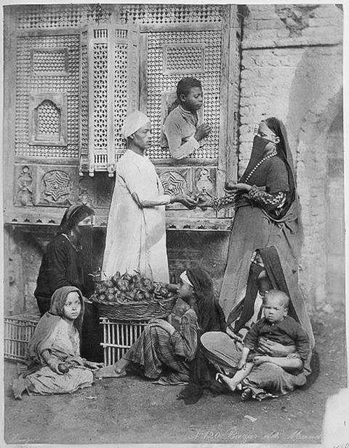 vestuario. Old Cairo 1880  :::: pinterest.com  christiancross  ::::