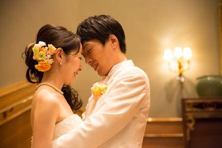 この写真につけられた花嫁様のコメントは、 「ブーケちゃんを愛でる」 なんですかその胸キュンなキャプション! 胸を撃ち抜かれてしまいます。  ...