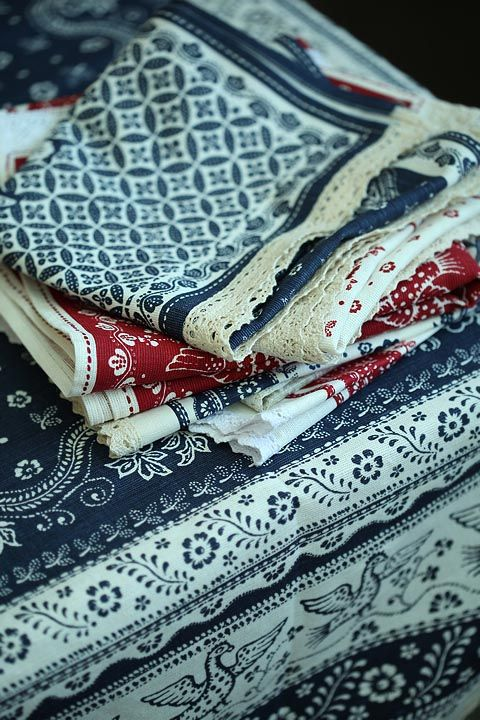 Traditional linen fabric from Russian North.