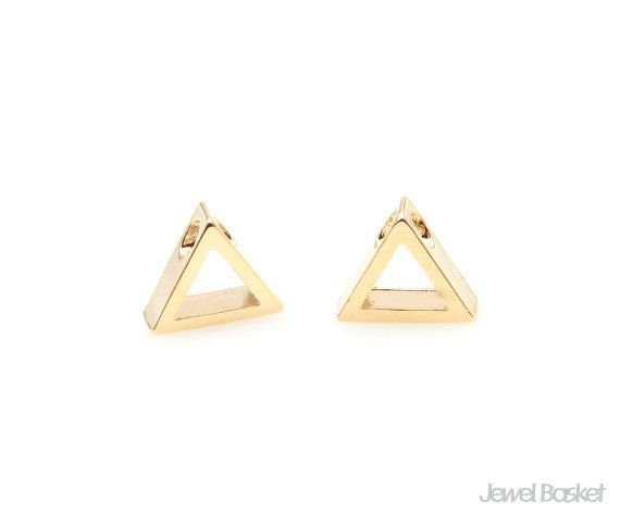 Triangle Charm in Gold   - Gold Plated (Tarnish Resistant) - Brass / 8.0mm x 7.0mm  - 2pcs / 1pack