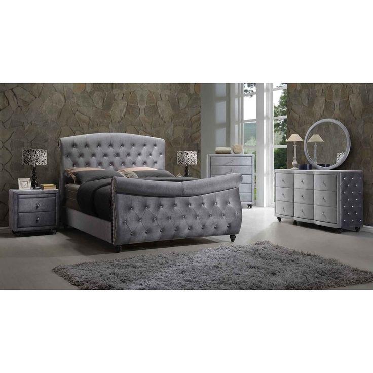 Meridian Hudson Grey Velvet 5-piece Sleigh Bedroom Set (Queen Set)