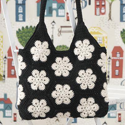 Free Pattern: African Flower Crochet Bag