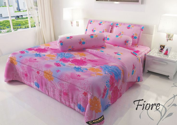 """FIORE - """"Motif abstract bunga legendaris dengan paduan warna merah muda yang sensual untuk menambak koleksi Kintakun anda"""""""