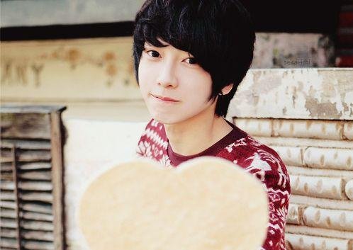 #korean #boy #kfashion #cute #heart | Guys...Period ...