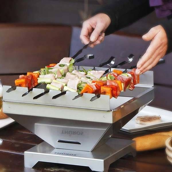 Thuros Tabletop Portable BBQ Grill Lets You Barbecue with Ease