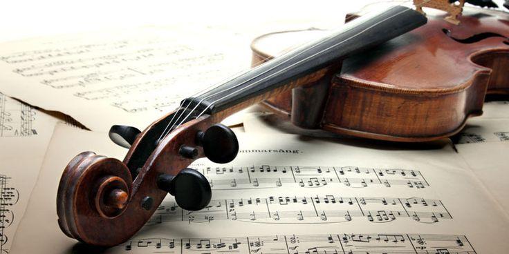 Klassische Musik schützt unser Gehirn – das haben finnische Forscher jetzt herausgefunden. Wie das funktioniert, erfahren Sie hier.
