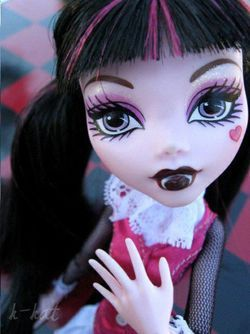 DIY Maquillage : Draculaura de Monster High