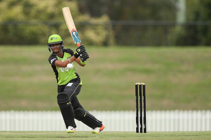 Harmanpreet Kaur signs contract extension with Sydney Thunder - Cricbuzz #757Live