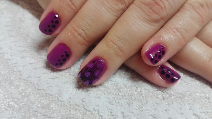 Bio Sculpture - amethyst with feather nail art