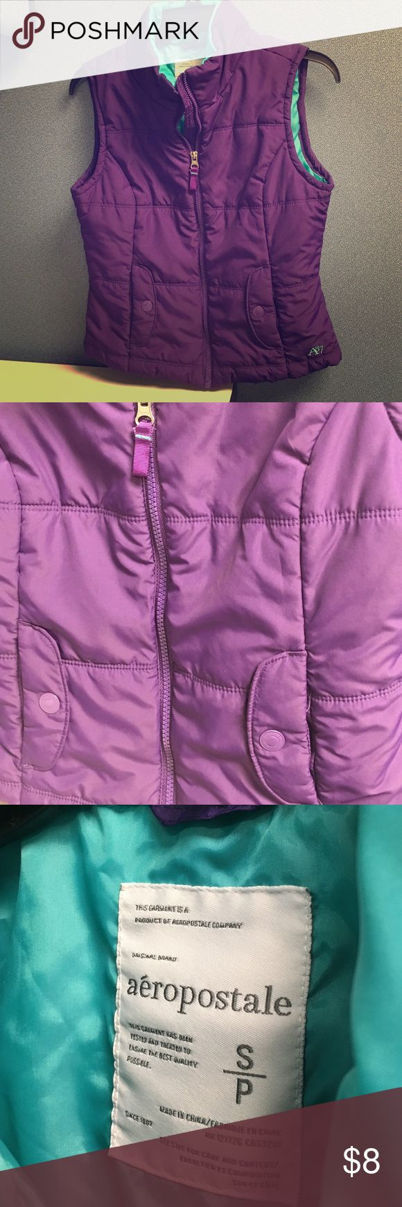 ⚡️Flash sale⚡️Aeropostale vest reserved Purple zip up vest, pockets on each side, blue interior, size small Aeropostale Jackets & Coats Vests