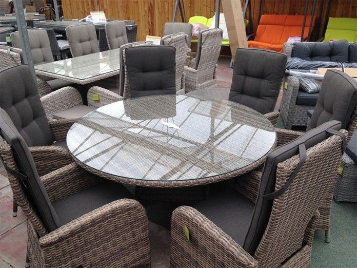 UV stabilised rattan – won't fade, rot or go brittle Strong reclining mechanism Cappuccino colour, natural appearance. Dining set, perfect for the patio. Strong aluminium frame – will not rust, easy to move All cushions included Majestique – quality rattan furniture Buy online today   https://www.gardenfurnitureuk.co.uk/all-weather-garden-furniture/6-seater-reclining-dining-set-in-cappuccino-rattan/