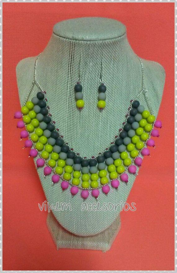 collar tipo statement neon de cuentas por vikemaccesorios en Etsy, $18.00