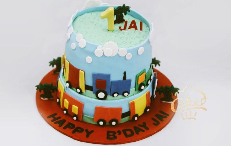 A special train cake for a special boy!  #cakedecorating #cakedindia #trains #cartoons #kids #kiddiecakes #pastels #technologyandfood #fondant #designedcaketable #sugar #bakerslife #foodtalkindia #yahoofood #sugar #sweettooth #birthday #getcaked #vsco #vscoindia #indianfoodbloggers #wedmegood #delhifoodie #zomato