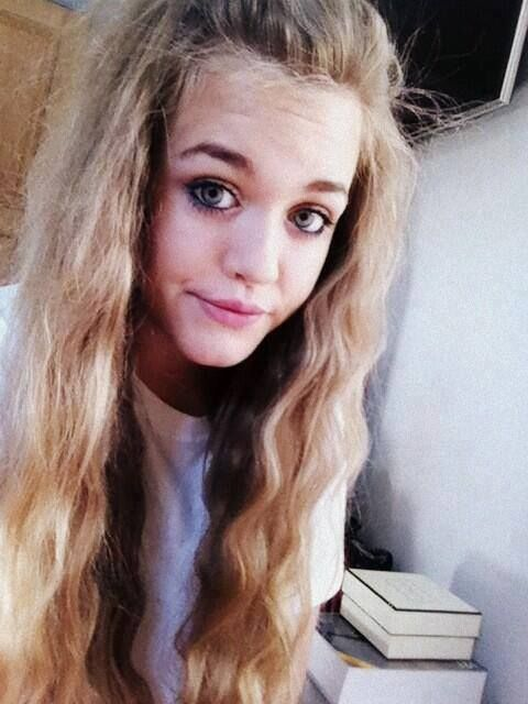 64 Best Images About Lottie Tomlinson!! On Pinterest