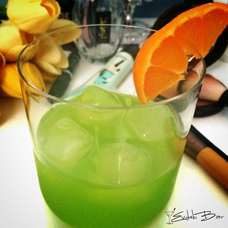 Midori Sour – Evdeki Bar
