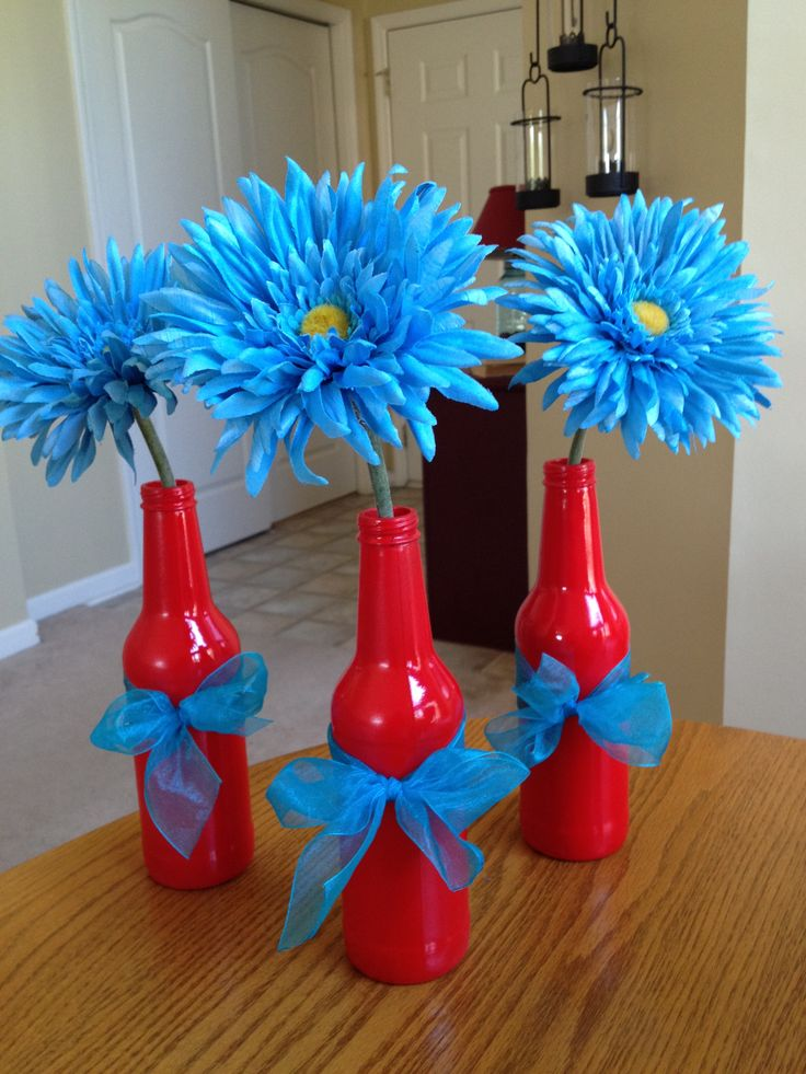 Spray painted bottles! such a cute idea love the pop of color