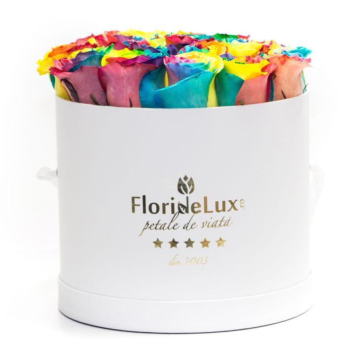 Trandafirii curcubeu sunt din nou in stoc, doar la #floridelux!!! Fiecare petala are o culoare diferita!!! WOW, sunt pur si simplu senzationali!!! 😱❤😱❤ https://www.floridelux.ro/cutie-cu-trandafiri-curcubeu.html
