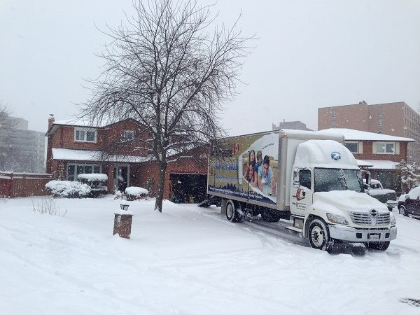 Our knowledge Local Movers Charlotte NC and experience of shipping household and personal effects throughout the country is vast. Local Movers Charlotte NC : Cheap Moving Company Charlotte international moving team will guide you through everything from packing and shipping through to Charlotte customs, quarantine clearances and transit insurance.