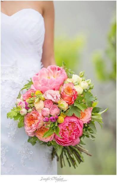 #willowbud #wedding #bouquet #hinterland #bride #flowers