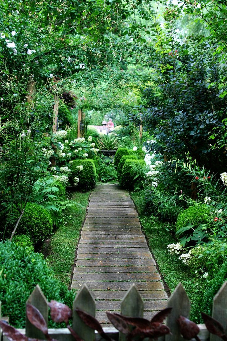 Jungle Backyard Ideas : Path ideas Landscaping and gardening your yard Garden Design, Wooden