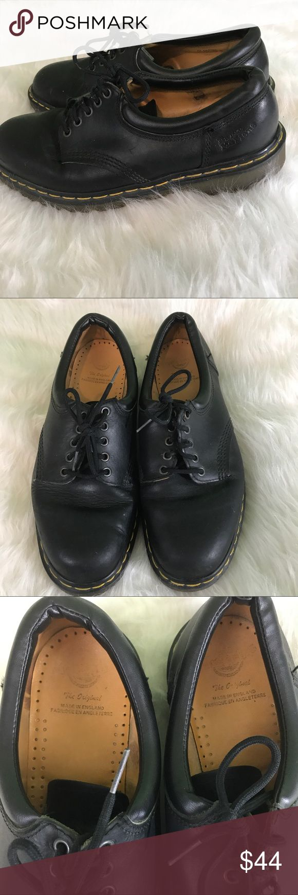 Dr. martens 5 hole men's size 10 oxfords black Made in England men's size 10 Dr. Martens 5 eye /hole Oxford shoes in black. Previously owned- see photos for condition Dr. Martens Shoes Oxfords & Derbys