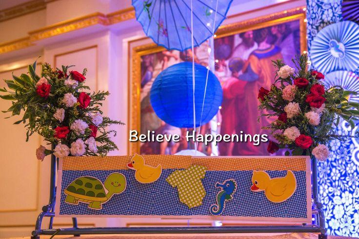 Plana (swing) decor for birth annoncement.Duck and sea horse theme