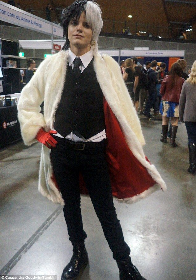 The 25 best cruella deville costume ideas on pinterest cruella goes by the cosplay name augustus winchester and caused a stir after he took a wrecking ball to gender conventions and donned a miley cyrus costume for solutioingenieria Gallery