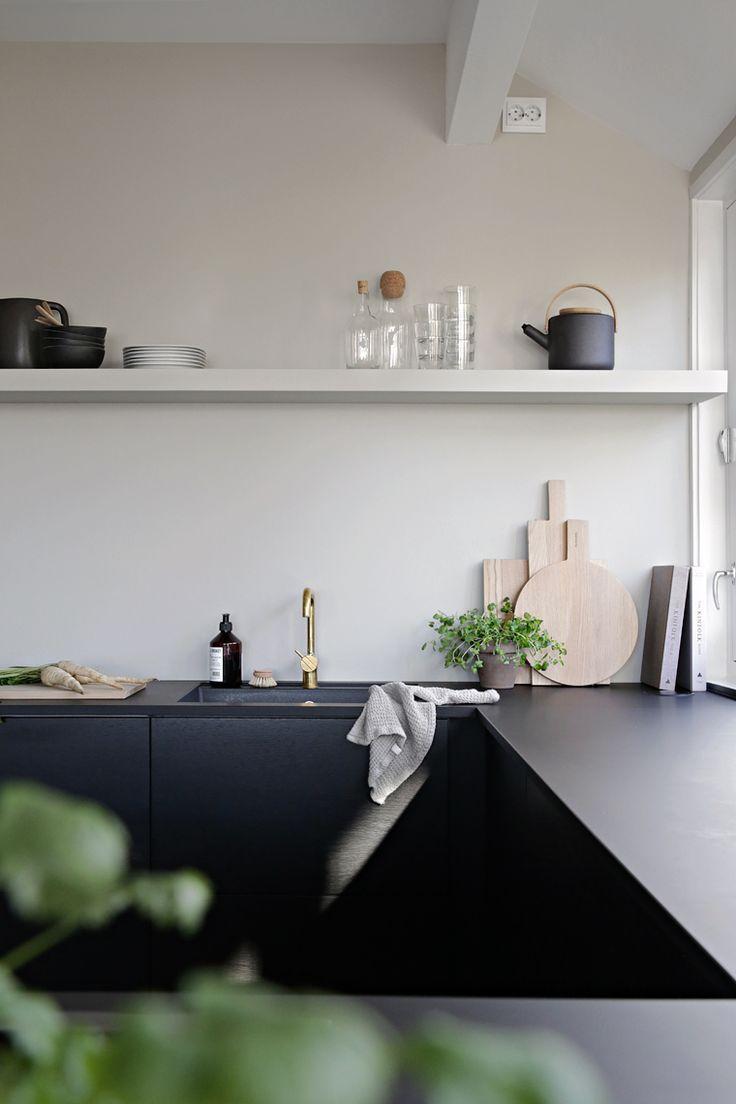 Etienne de souza designer and manufacturer of luxury cabinet - Kitchen Styling