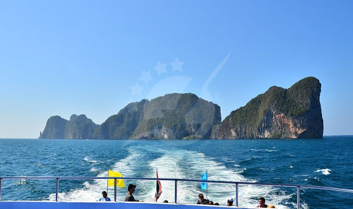Phuket to Phi Phi Ferry, Krabi to Phi Phi Ferry, and More   Best Value Tickets