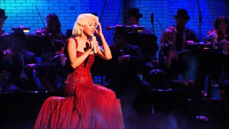 Christina Aguilera - Hurt (Live) MTV Video Music Awards