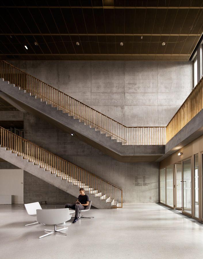 David Chipperfield Architects: copper and concrete staircases at the École des Hautes Études Commerciales (HEC) in Jouy-en-Josas, Paris