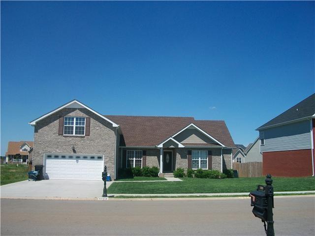 Pin by melissa flentie on tn pinterest - 3 bedroom homes for rent in clarksville tn ...
